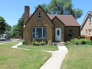 Bayview, Milwaukee Vacation Rental - 1940's Brick Close to it All!