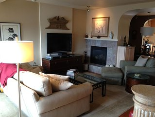 Beautifully Furnished Ocean View Townhouse! Adults ONLY. WiFi, Gourmet Kitchen.
