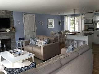 Warm and Inviting Renovated Cottage close to beaches & all the Cape offers