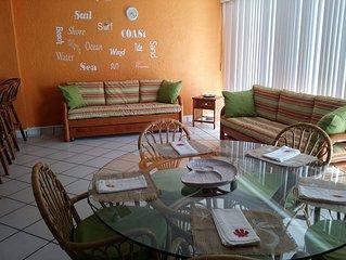 Sunny Ixtapa 3BR/2BA Condo~Sleeps 6-8~Pools, manicured gardens,