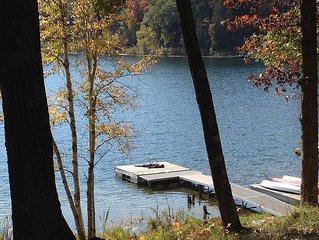 Beautiful Cottage on Private Lake close to Manistee