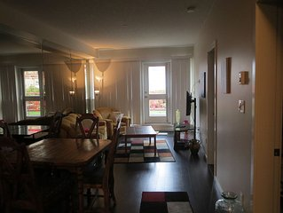 Vancouver Island Central Downtown Suite, Walk to Waterfront, Family/Pet Friendly