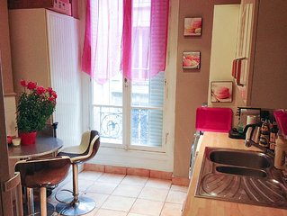 Glamorous one bedroom, one bathroom appartment in the glittering Triangle d'Or