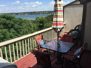Best LAKEFRONT Value! DOG FRIENDLY - SUPER CUTE 3 bed /2 bath - POINT VENTURE