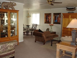 Luxury Townhouse At The Gateway To The Canyons, Best Price On Vrbo!