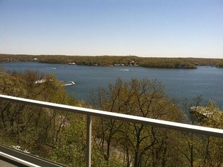 The view will keep you on the balcony of this 2 bedroom luxury condominium.WIFI!