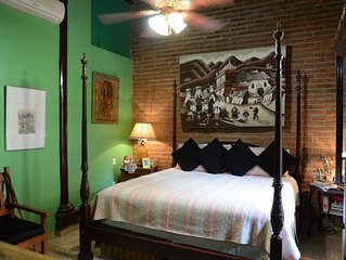 Beautiful Colonial Hacienda In Heart Of Old Town Mazatlan. Fantastic Unique Home