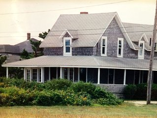Classic Cape Cod Style Waterfront Cottage
