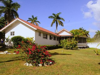 VILLA PATIENTLY WAITING IS A STUNNING NORTH COAST JAMAICAN GEM A DIAMOND RENTAL