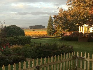 Comfortable Cottage at Vineyard For Your Stay As You Explore Willamette Valley
