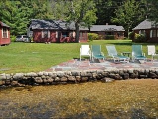 Winnipesaukee Waterfront Cottage, Gorgeous Views, Quaint and Quiet