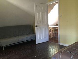 Attic  Cozy  2 Rooms