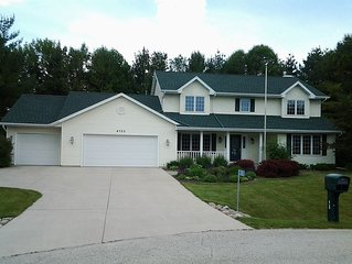 Whistling Straights 4 min, Blackwolf Run 7 min, Erin Hills 84 min, 3 Bedroom