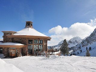 8+ppl Vaca: Sweeping Views, Mountain Adventure