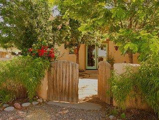 Romantic Adobe Cottage nestled in San Cristobal Valley