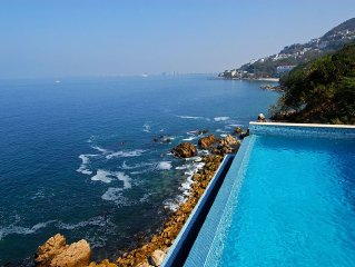 Villa with Breathtaking Ocean Views. Infinity Poo