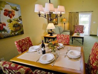Upstairs 2BR w/WiFI, Resort Pool- Near Historic Williamsburg & Busch Gardens!