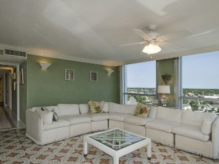 3111 Shoreline Towers Offers FREE BEACH SET UP - Exceptional views!!