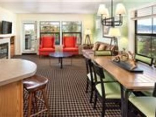 Angels Camp, CA: 2 BD Queen Condo w/Pool, Golf, Spelunking, Water Sports & More