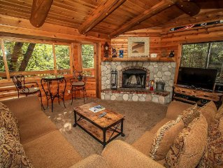 MooseHaus~Attractive Log-Style Home~Outdoor Spa~Pool Table~Expansive Decking~