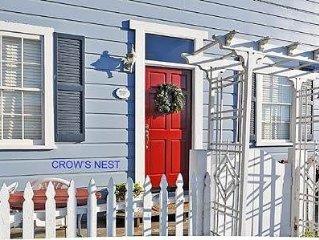 Crow's Nest: 2 BR / 1 BA  in Cayucos, Sleeps 4