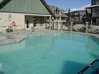 2 bdm, central,  pool, hot tub, Free internet, pa