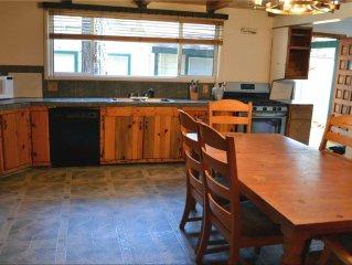 3774 Paradise: 8 BR / 3 BA house in South Lake Tahoe, Sleeps 18