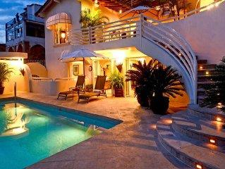 Gated Casa Tabachin with heated pool, spacious te