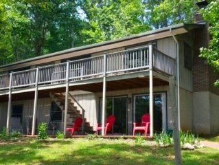 A Family Retreat: Sandy wade in area, Pancake flat point lot, New Covered Dock,