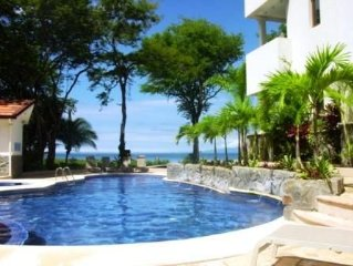 Sol y Mar 4B - Beautiful 3 Bedroom/3 Bath Condo on the Beach in Playa Hermosa