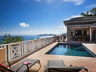 L'Oasis - Secluded and Gated Beachfront Estate wi