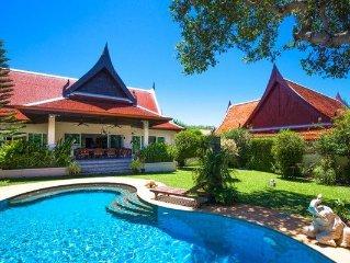 Large 3 Bedroom Tropical Garden
