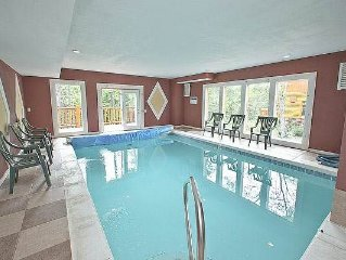 Amazing Views and Private Indoor Swimming Pool, Outdoor Hot Tub, Theater Room a