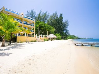 3 Bedroom Luxury Beachfront on West End Beach with pool