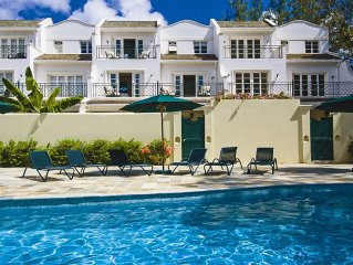Stunning Villa with Maid, Laundry Service and 1 M