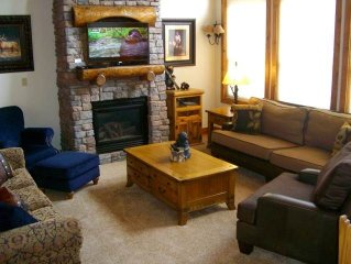 Newly refurnished, 4 Bedroom Condo across from West Wall Lift