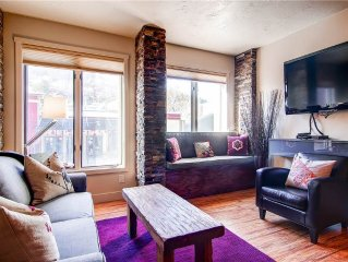 Main Street Condo Walking Distance to Town Lift