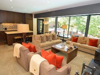 Gorgeous deluxe 3 bedroom, great views on Aspen, 1.5 blocks to downtown. Dur1-D