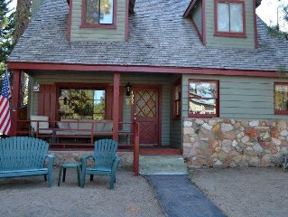 4062 Azure: 4 BR / 2 BA classic cabin in South Lake Tahoe, Sleeps 10