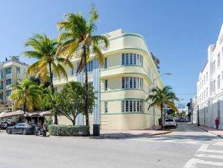 Ocean Drive Heart of South Beach Studio ~ RA73588