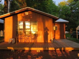 Pristene Lake Cottage-Great Fishing, hiking and A