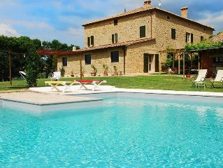 Elegant Country House Valente with Pool & Spa in