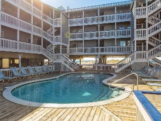 Regatta #A302: 3 BR / 2 BA condo in Gulf Shores, Sleeps 8