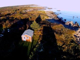'Sailors Rest' House On The Cliffs Of Cape Breton