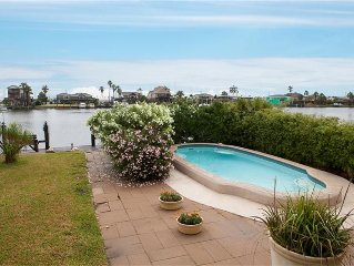 Canal, Fisherman's Paradise! Heated Pool, Boat Dock, Pier, Bay Access, Garage