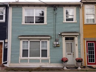 Traditional Downtown St. John's Home - great loca