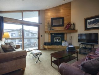 Comfortable end unit with private garage & outdoor pool!