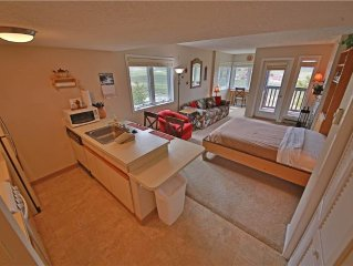 Summit 2-201: 0.5 BR / 1 BA condo in Granby, Sleeps 4