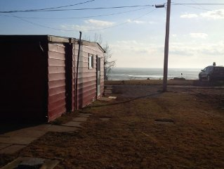 Lakefront 2 Bedroom Cottage In Colchester (SOUTH