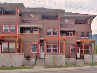 Newer Condo in Sicamous for your Summer and Winte